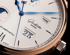 Glashütte Original Senator Excellence Perpetual Calendar   Alles over Horloges