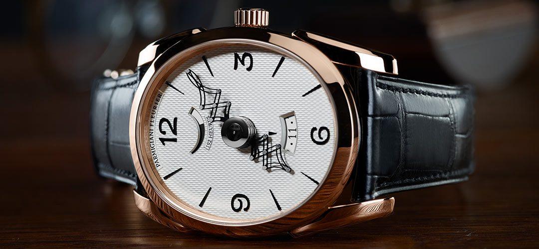 Parmigiani Fleurier presenteert de Ovale Pantographe met een gouden uurwerk