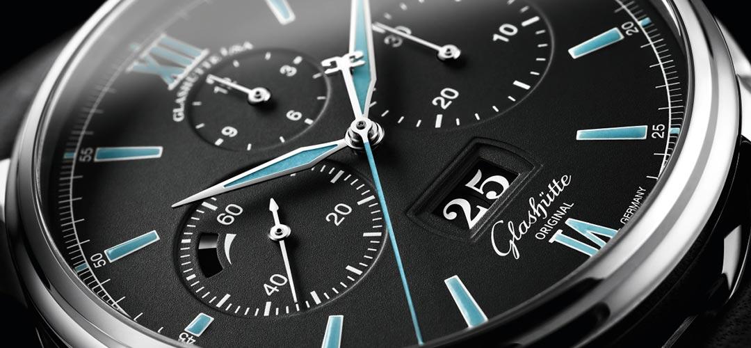 Glashütte Original Senator Chronograaf Panorama Date | Alles over Horloges